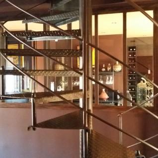 Alpes-Maritimes ferronnerie création artisanal hélicoïdale paca métal Nice 06 Escalier