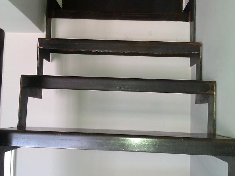 Alpes-Maritimes paca création artisanal Escalier métal Nice 06 hélicoïdale ferronnerie