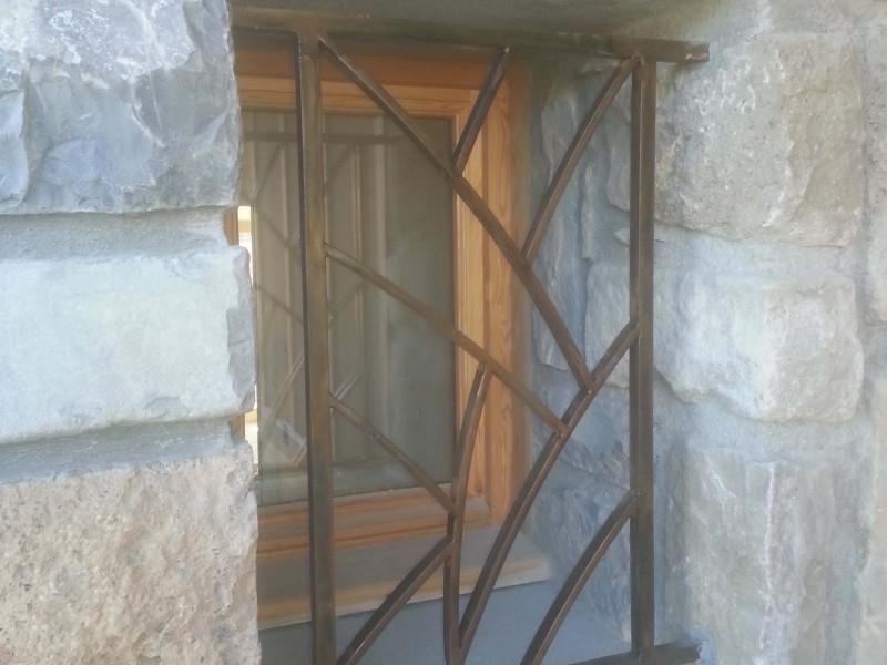 Grille de defense Alpes-Maritimes Nice 06 paca création-artisanal ferronnerie métal porte fenêtre