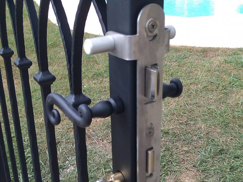 Portillon Nice création artisanal 06 paca Alpes-Maritimes ferronnerie metal