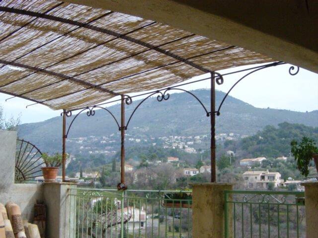 Pergola Nice création artisanal Alpes-Maritimes 06 ferronnerie paca métal